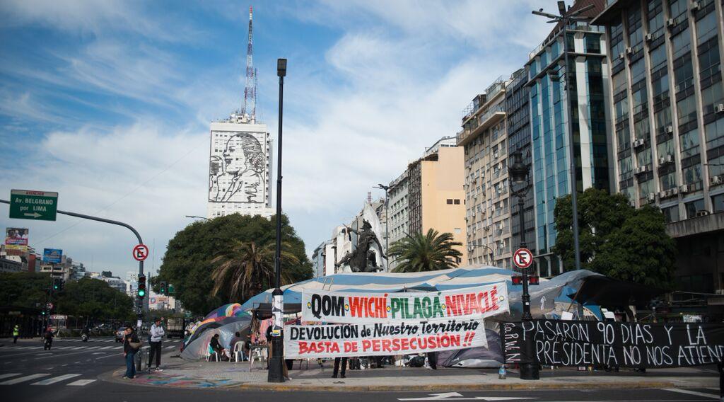 QOPIWINI : quand les peuples indigènes occupent le centre de Buenos Aires.