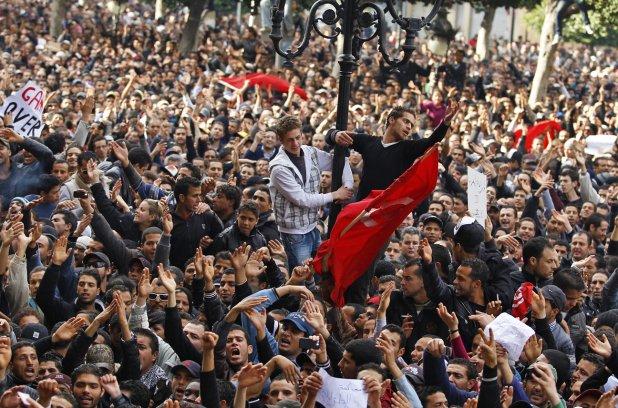 Retour sur un «moment révolutionnaire tunisien» [1] qui a bouleversé notre conception de la Révolution