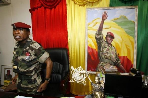 Guinée-Conakry : Dadis Camara face à la justice, Alpha Condé face aux électeurs.