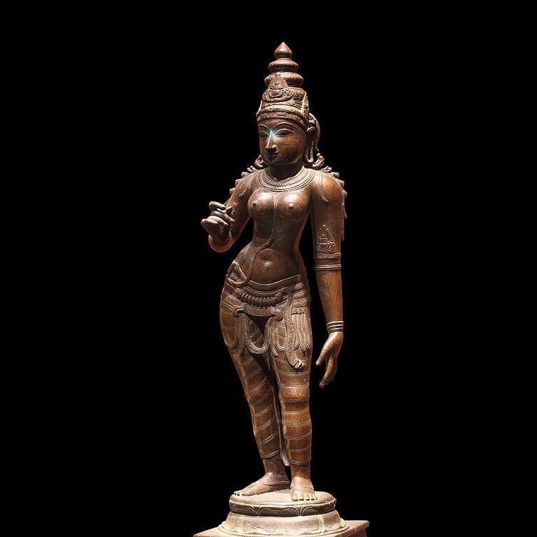 Regards hindous sur la femme