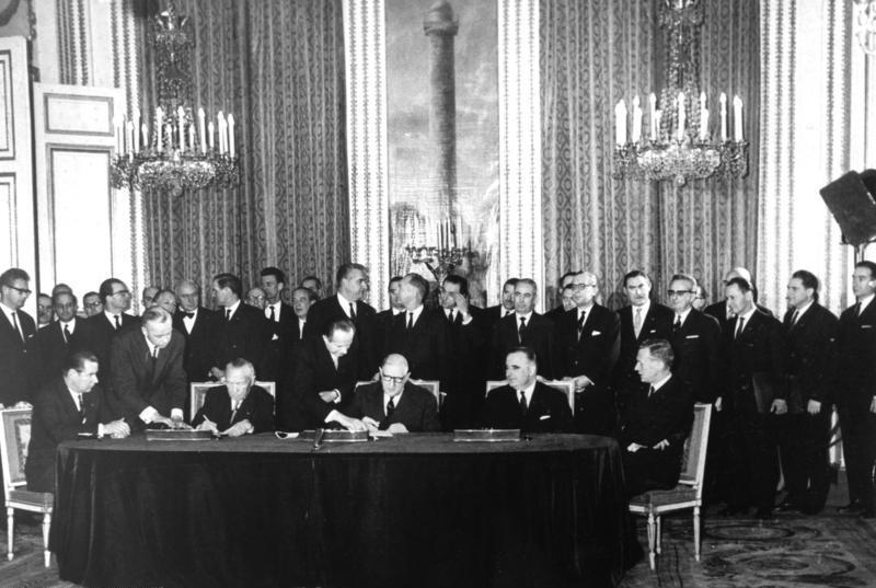 Le traité de l'Elysée : Cinquante-cinq ans de coopération franco-allemande