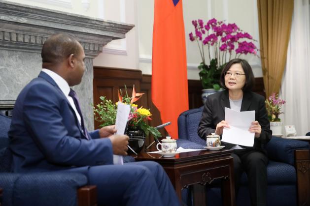 Le Burkina Faso rompt les relations diplomatiques avec Taïwan