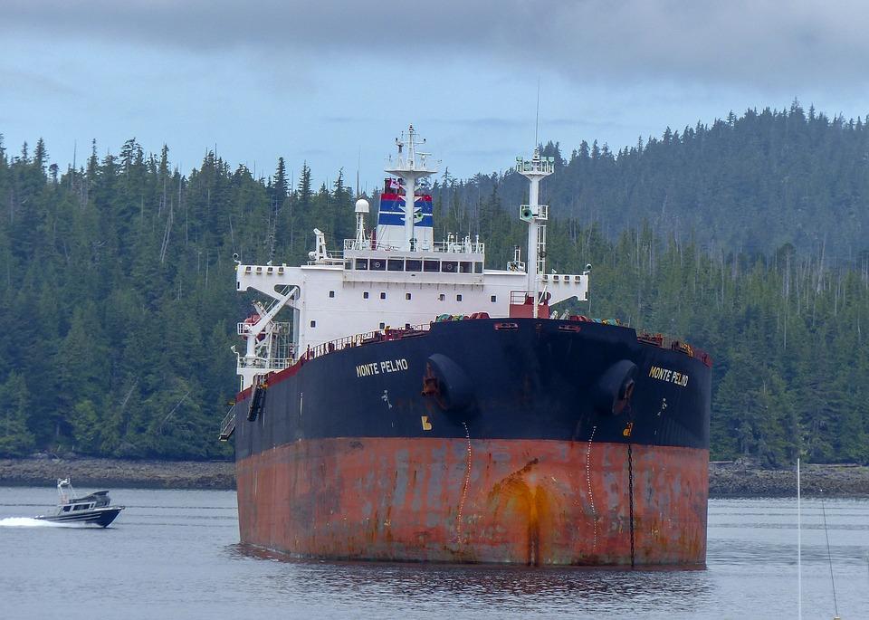 Le naufrage de l'Erika, symbole des dérives de la marine marchande mondiale