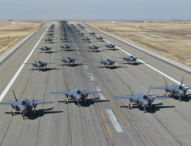 La « guerre hybride » (1/4) : l'expérience militaire des États-Unis comme condition préalable à l'émergence de la guerre hybride