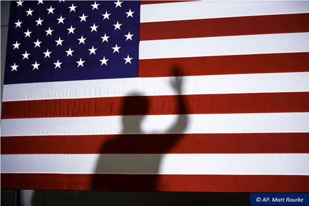 2020. L'année qui a bouleversé les États-Unis – Épisode 3 : L'élection présidentielle, un enjeu politique qui cristallise les tensions et met en lumière deux Amériques irréconciliables.